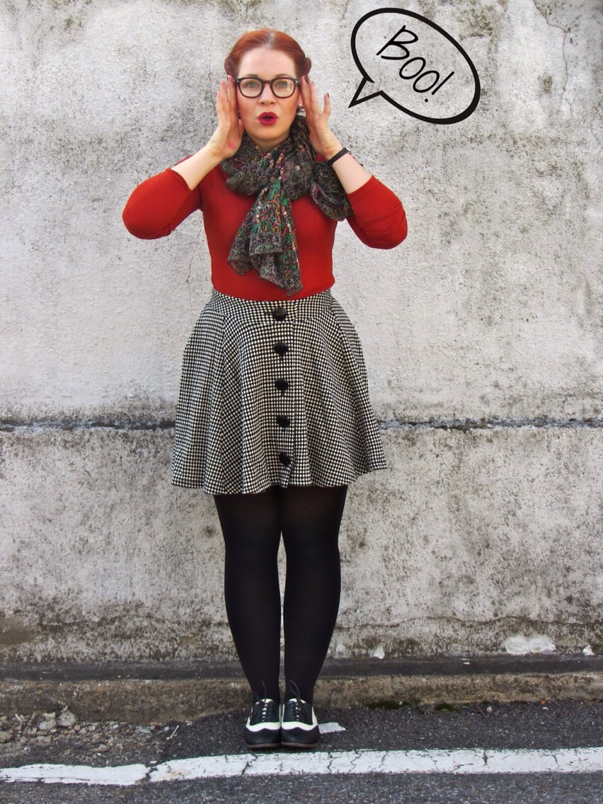 (Scarf + High waisted skirt + black lace up shoes = a simple way of getting definite beauty filled look! The model is also extremely adorable)! (http://thebeltedpear.blogspot.co.uk/2013/11/spooky-style-in-saddle-shoes.html?m=1)