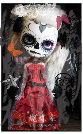 This is an edit of the first one that is from pinterest. None of the dolls are mine but some very interesting and beautiful ones I found on pinterest and instagram.