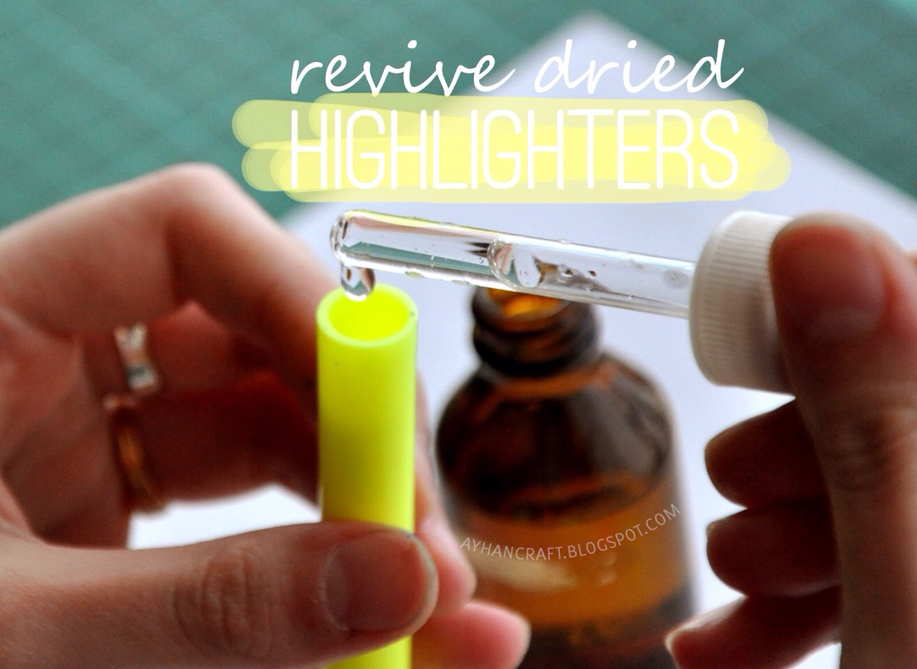 -> Basically, the idea is to open, add a few drops of water, and let it upside down for one day to antoher...  -> Do it at least 4 times for each highlighter and every time it will start working like new!