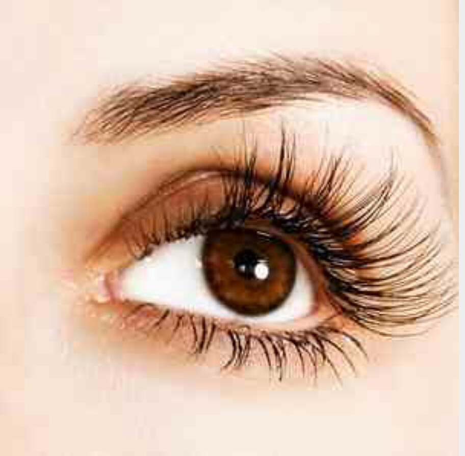 Grow Natural Long Eyelashes By Aly Nekole Musely