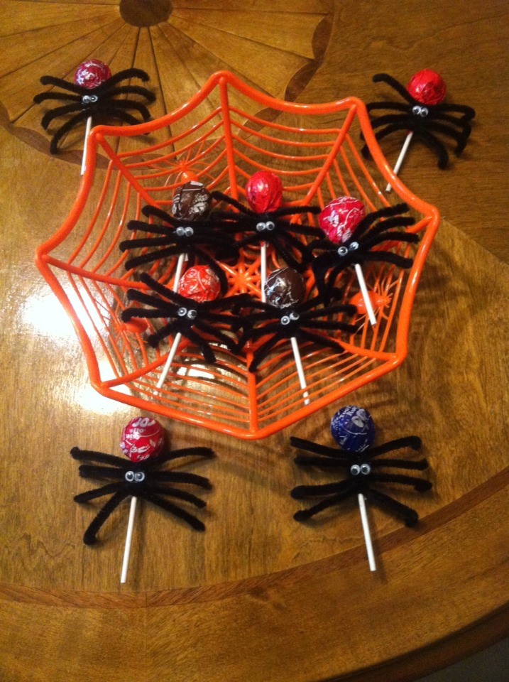 Need:Lg.Suckers,Fuzzy pipe cleaners,Googly Eyes,Hot glue--To make: cut two pipes in half and wrap tightly and add Googly eyes... Easy as 123!! Great to give for trick-or-treating and saves you money on buying tuns of candy... :)