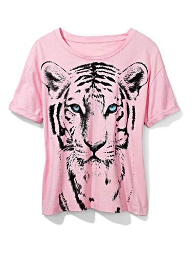Animal Tee Show your fierce side with a graphic tiger tee!  Olsenboye tee