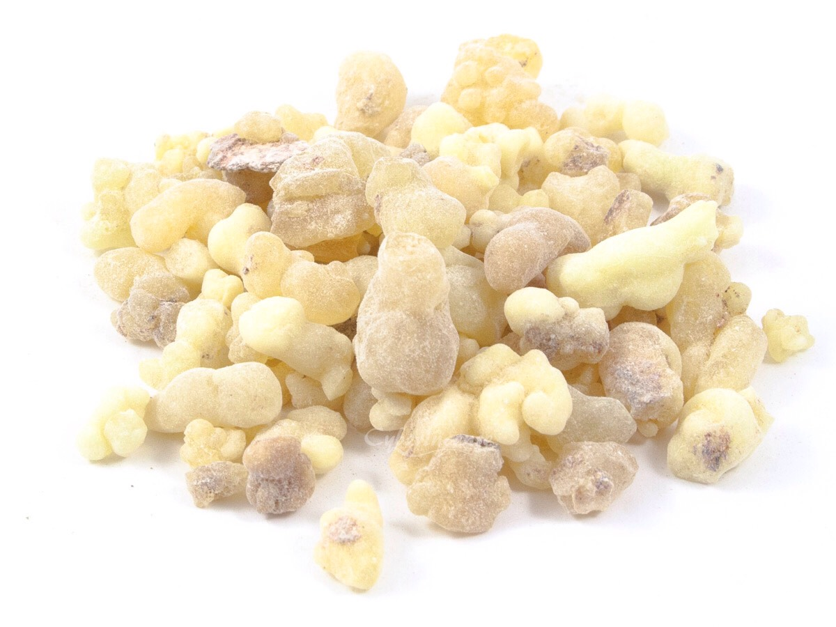 Strengthen Nails: Mix 10 drops each of Frankincense Oil, Myrrh Oil and Lemon Oil to 2 tablespoons Vitamin E Oil. Mix ingredients together and store in an amber glass bottle. Rub on nail cuticles twice a week