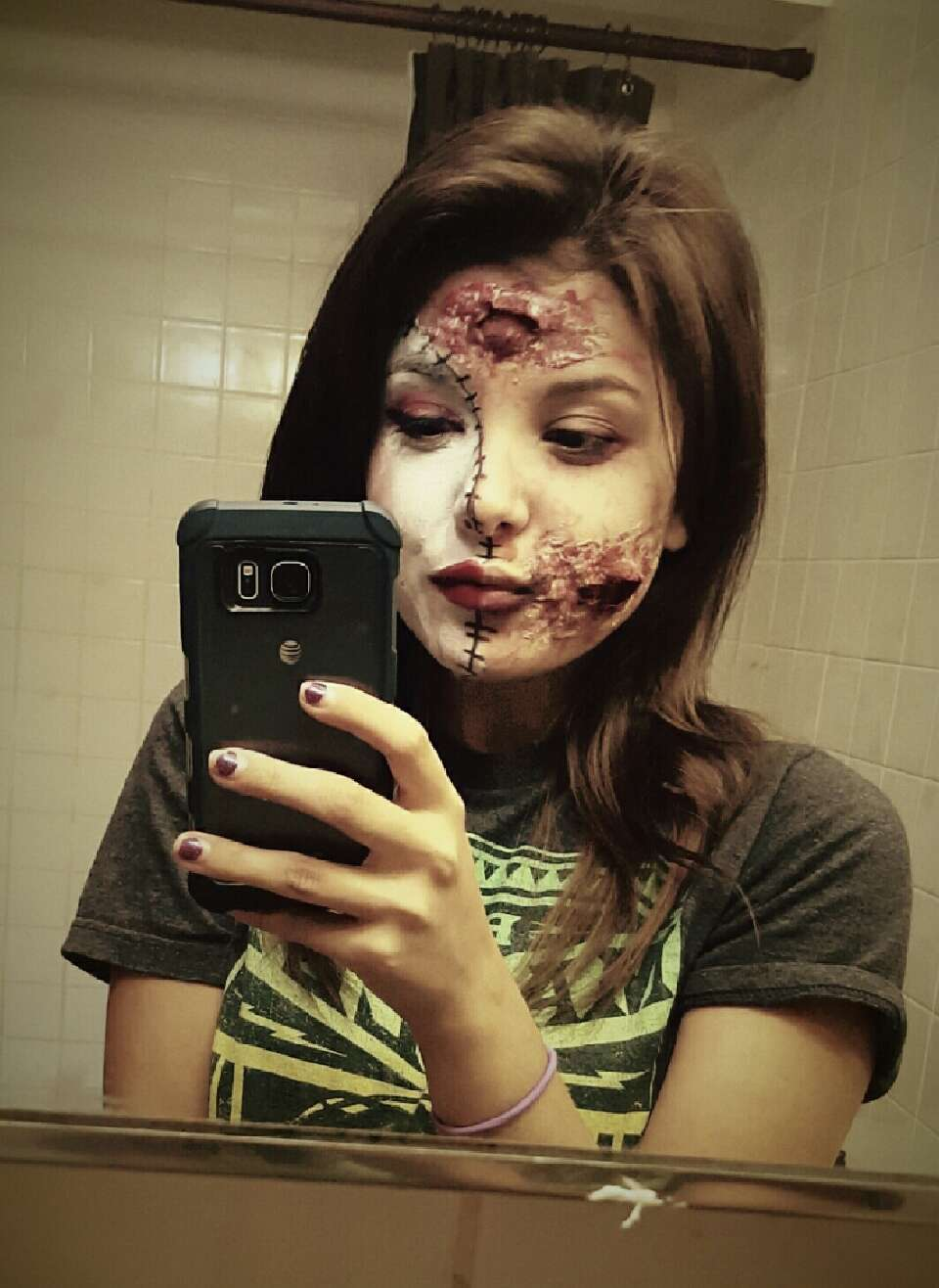 my face for holloween . this is me btw.