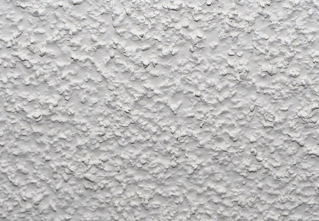 One major drawback is that, because they don't reflect very much light, popcorn ceilings tend to eat up the light in a room. Another con is that many homeowners consider popcorn ceilings to be just plain ugly. Fortunately, it's easy to remove popcorn ceilings, and although it can be a very messy!