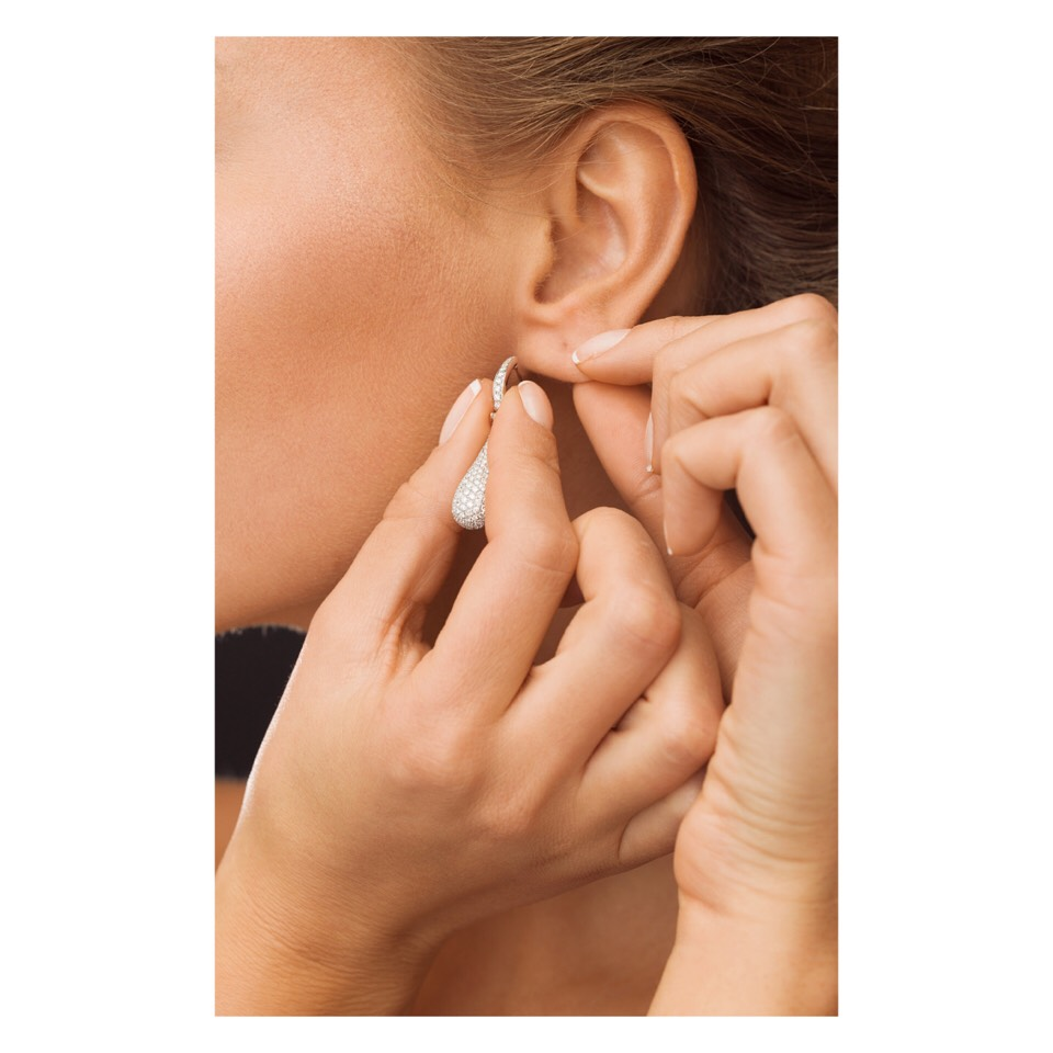Aid Earring Insertion : If you don't wear earrings regularly, putting those studs in can be surprisingly painful. Rub your lobes with a little Vaseline beforehand for an easier time.