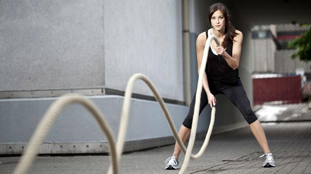 Battling Ropes: average calorie burn of 10.3 calories per minute. It's the easiest and most effective way to drop 20, 30, or even 50 pounds (and flatten your belly forever).