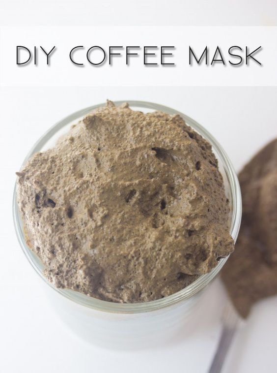 We all love to pamper ourselves once in a while, but what happens when our busy routine prevents us from scheduling a well deserved day spa? No problem! You can totally enjoya mini-spa time at home with this quick,simple and super-effective Coffee Mud Face Mask.