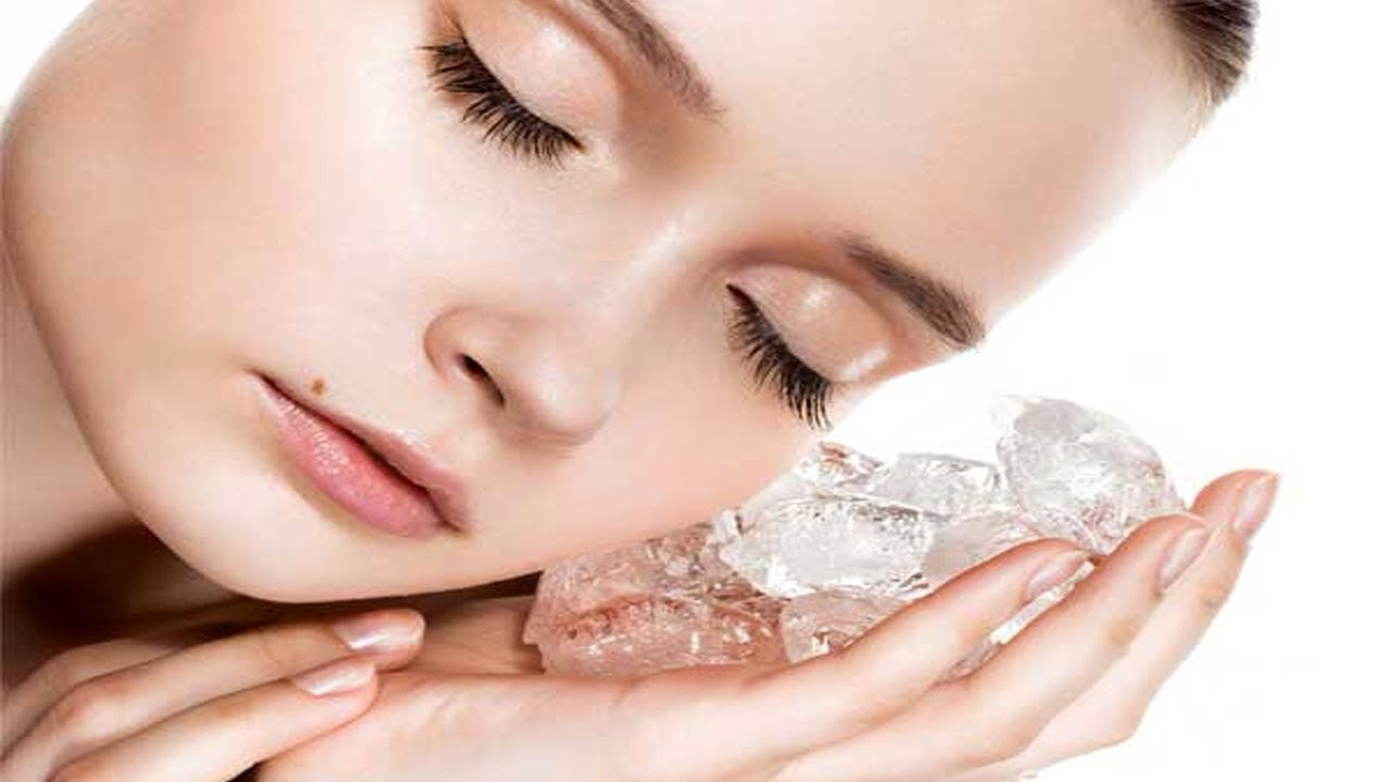Experts recommend massaging an ice cube on your face until it melts. Do this every night before bed to keep fat cells, wrinkles and acne under control.