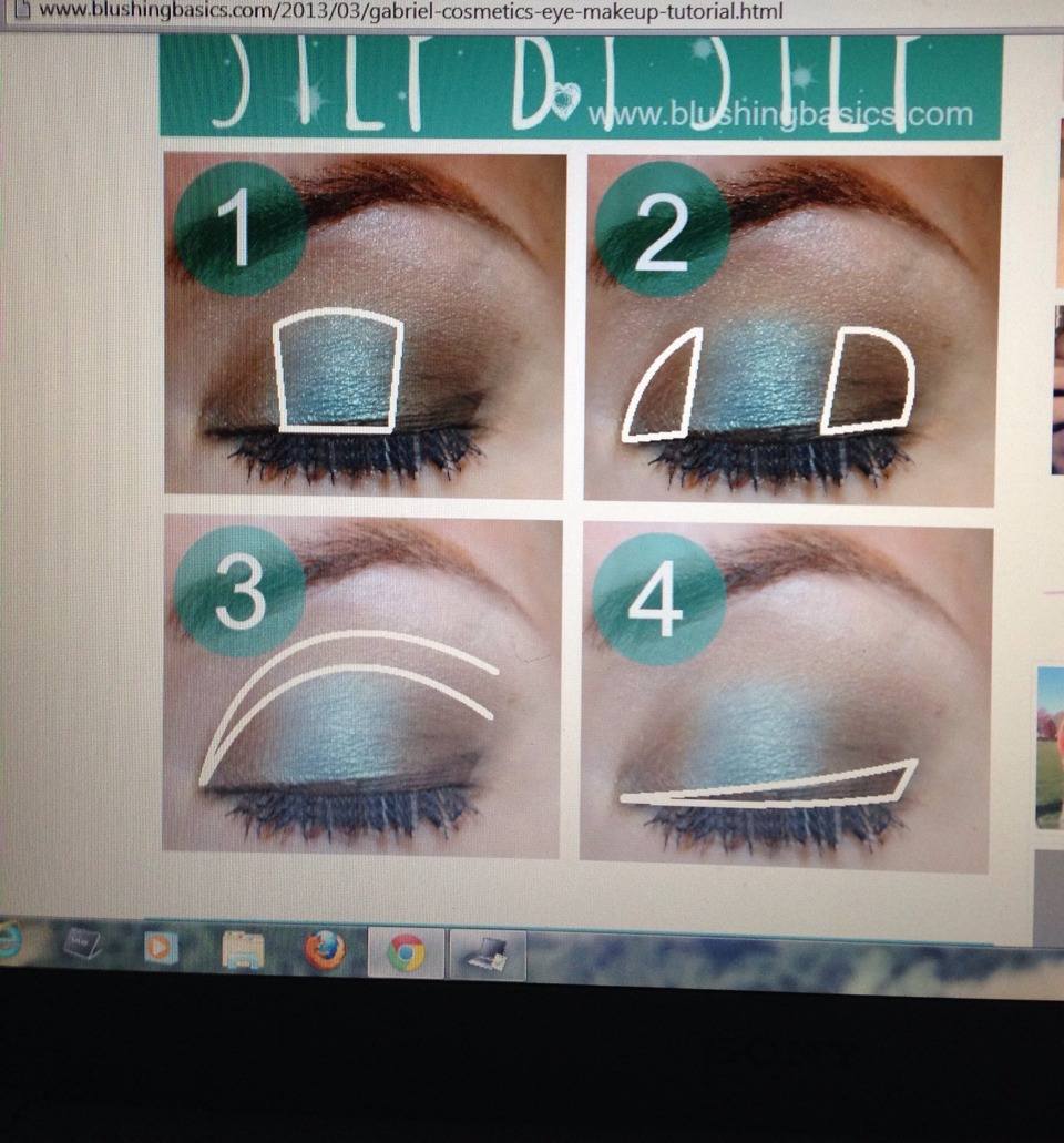 1. Put teal eyeshadow on the middle of lid 2.add brown eyeshadow on the inner/ outer of the lid  3.blend  4. Add brown eyeliner