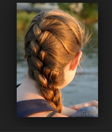 Another way to curl your hair without heat is a French braid. This is the one that I use the most because it gives you more waves than tight curls.