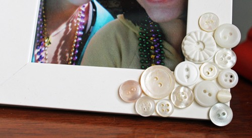 Add buttons to a frame for a little added design.