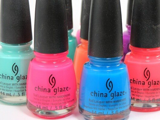 China Glaze Nail Lacquer with Hardeners😋 good but chips easily on my nails