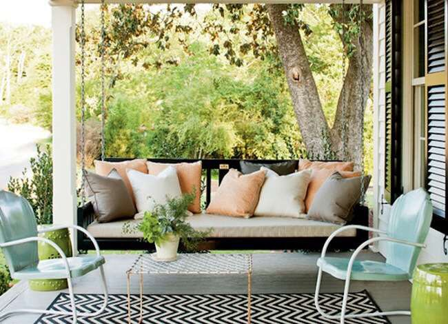When the weather starts getting warmer and the days get longer, our attention turns toward the outdoors and spending time outside. If you don't want to blow a bunch of cash on the front porch, try a few of these simple and affordable decorating ideas.