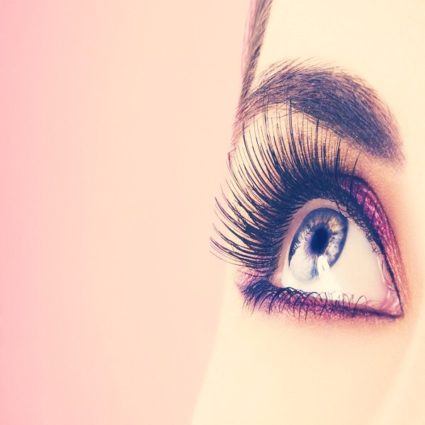 how to make your lashes look longer