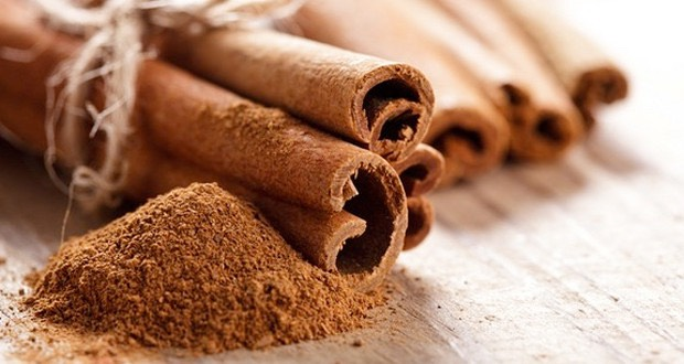Ingredients & Why They Work: Cinnamon – The properties of cinnamon allow it to bring oxygen and blood to the skin's surface. This helps dry out the skin and and acne problem area.