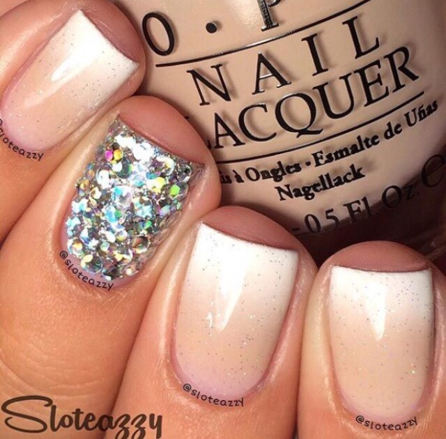 13. SPARKLY OMBRE NUDE