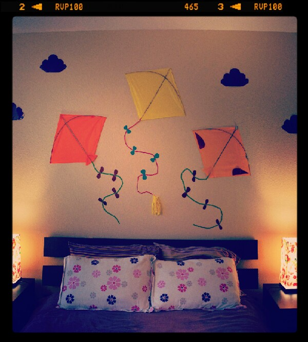Delightful Your Bedroom Wall Can Be Decorative Without Spending Much Money.. By Using  Kites U0026
