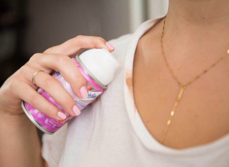 SHAVE AWAY FOUNDATION STAINS Getting a foundation stain on your shirt collar is super common, but can be a pain to fix — unless you know this trick! Before washing the shirt, wipe a bit of shaving cream onto the stain.