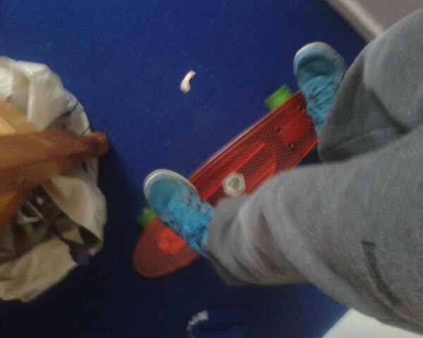 thats how to keep Stable on a skateboard