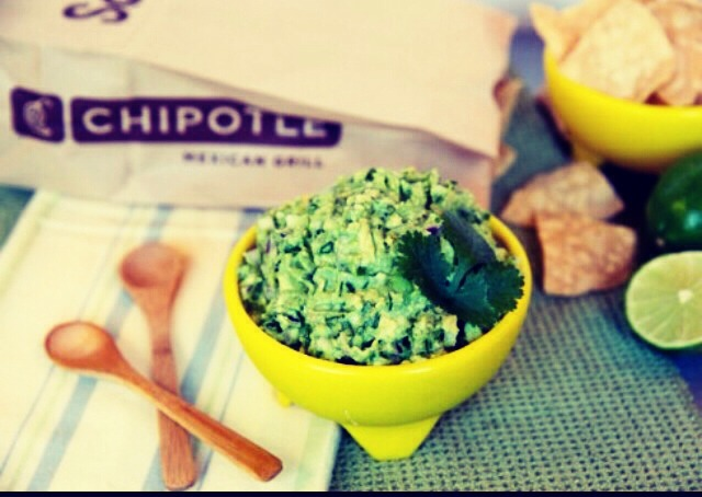 👅💦💦 Chipotle guac with a sweet twist (optional) it is delicious and a must try! You won't regret it