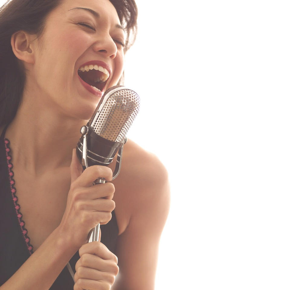 A freelance singer does not chase commercial success, Is not fame-driven. They sing because they like to. You must, above all, be passionate and dedicated in order to become a freelance singer.