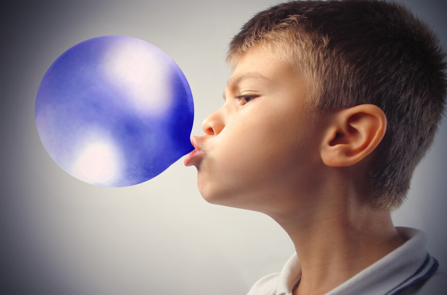 Chewing gum temporarily can boost your memory, attention span and overall mental abilities.