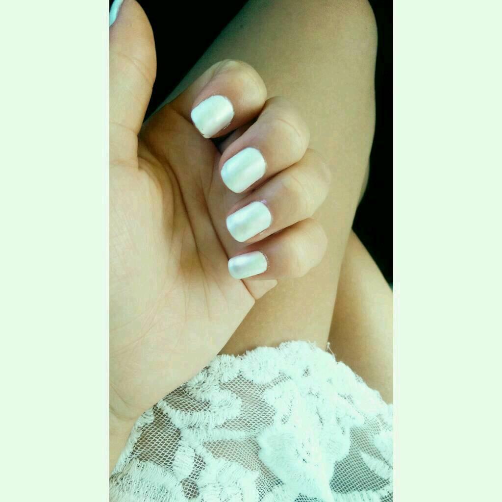 pearl nail polish ❤