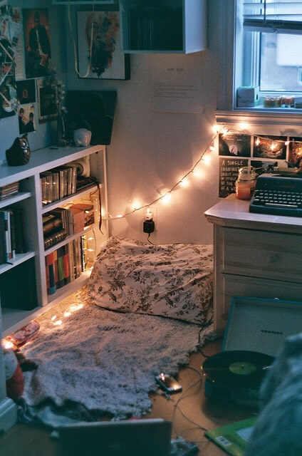 10. A reading space! Get a corner and do this. Throw your fuzzy blanket on the floor and your favourite pillow. Get an old lamp or extend your fairy lights to this direction. I swear, it could be your 2nd favourite spot. (1st would be your bed) 💋