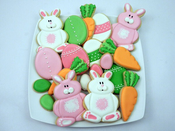 Bake some Easter themed cookies! This is fun and yummy + perfect for a party!