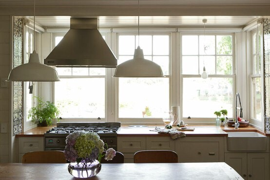 Let natural light in. It's an easy way to brighten a room.☀️
