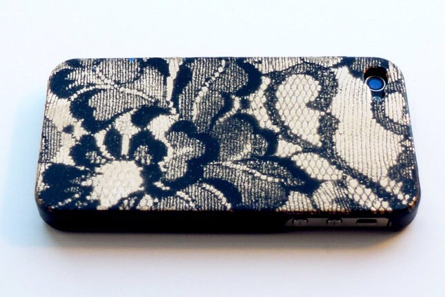 22. Spray Paint Lace Case: In this tutorial, you'll see how to use lace as a stencil. The results? Very boudoir! ;)