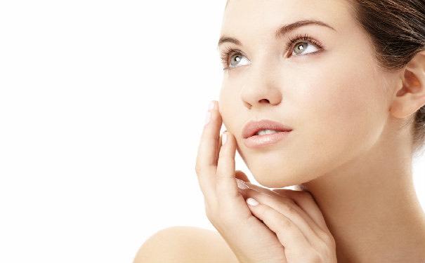 Want beautiful, clear skin? 👉🏼