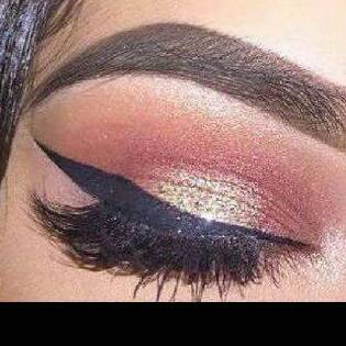 And finish off with a flawless look and no more broken lashes.❤❤