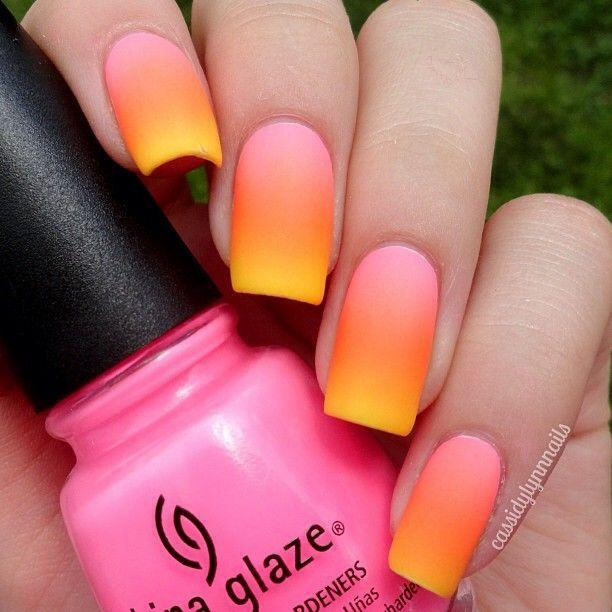 Easily Create Ombre Nails Using A Makeup Sponge And Applying Different Nail Polish Colors