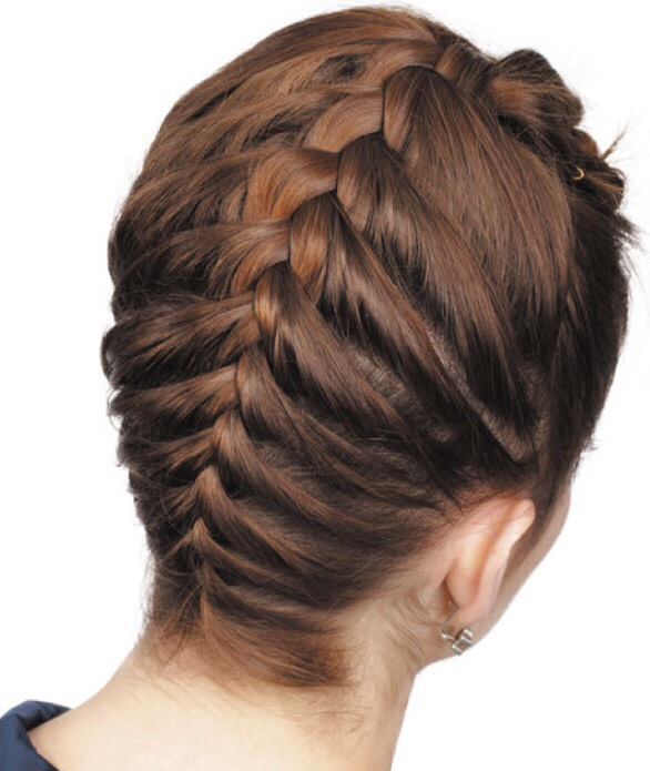 French Braid From Bottom To Top A Cute Hairstyle To Go Out