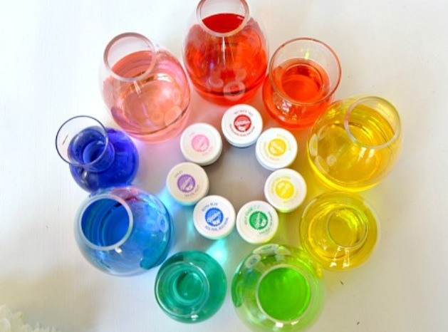 2. Food coloring. I prefer the gel, which is easier to control and blend.