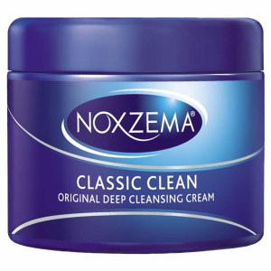 Apply Noxema deep cleaning product for 5-8 minutes, you will feel a cooling burning sensation. Rinse with cold water and pat dry with a towel.