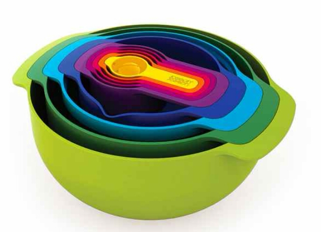 Nesting prep bowls. A complete mixing bowl and measuring cup set that all fits together. ($50)  http://www.uncommongoods.com/product/nesting-prep-bowls