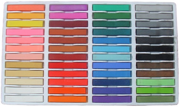 This is a lot cheaper than going to a store and buying hair chalk, there they cost about $10USD per chalk, but if you go to a craft store you can get a whole set for the same price!
