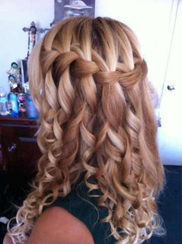 Waterfall braid with pretty curls! Never knew you could pull it off with curls huh?