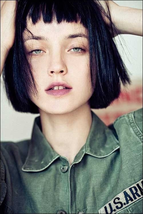 Bobs! Oh how wonderful ! Bobs are easy to style you can wear your hair natural and straighten for a more formal look!