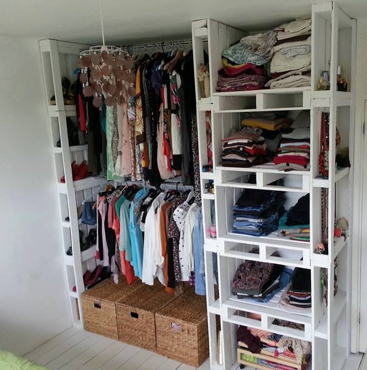 Building A Linen Closet Shelves