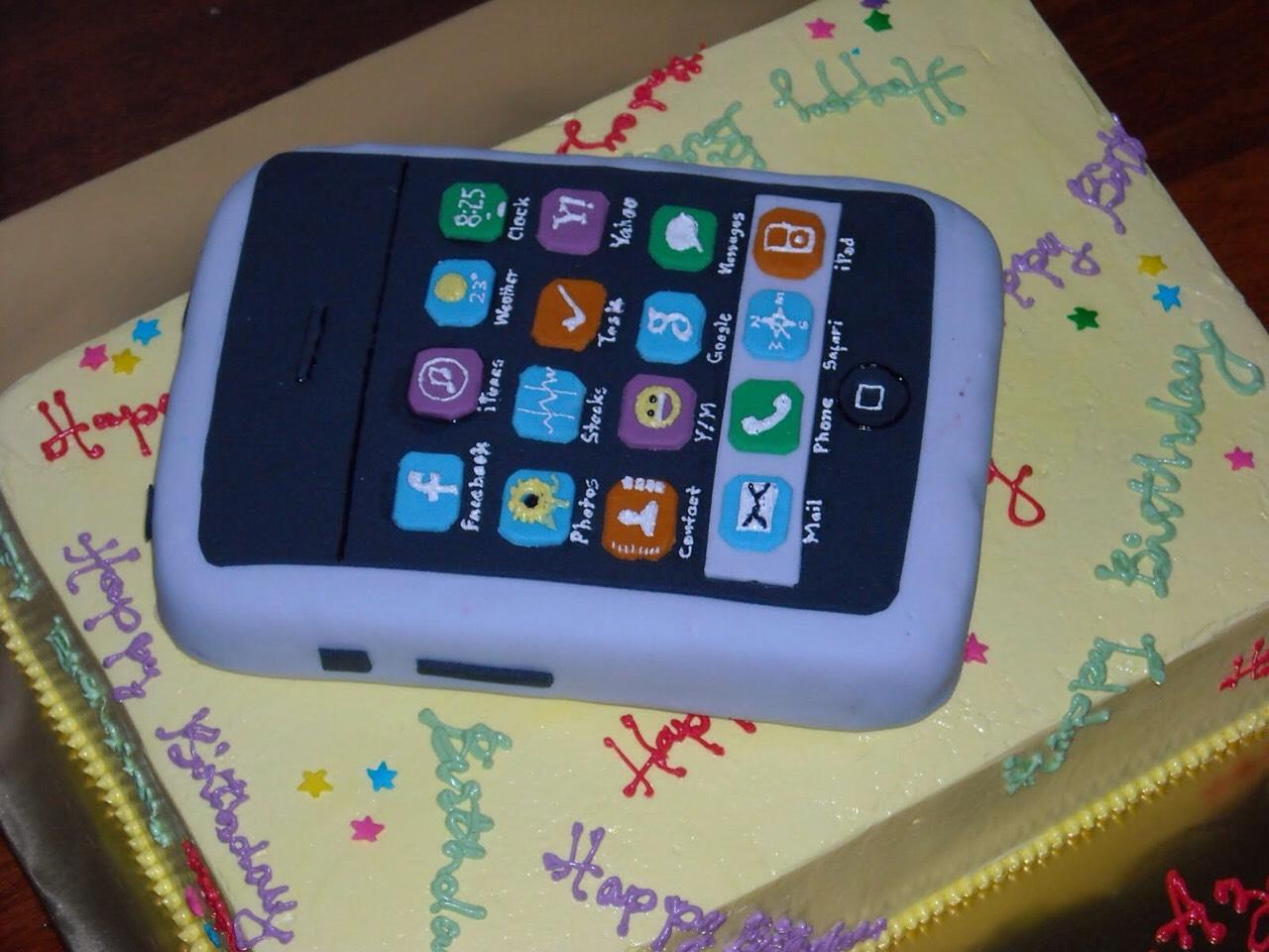 Mini i Phone cake