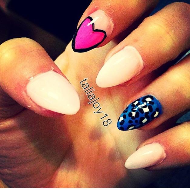 Create easy designs wth homemade nailart brush💅👌