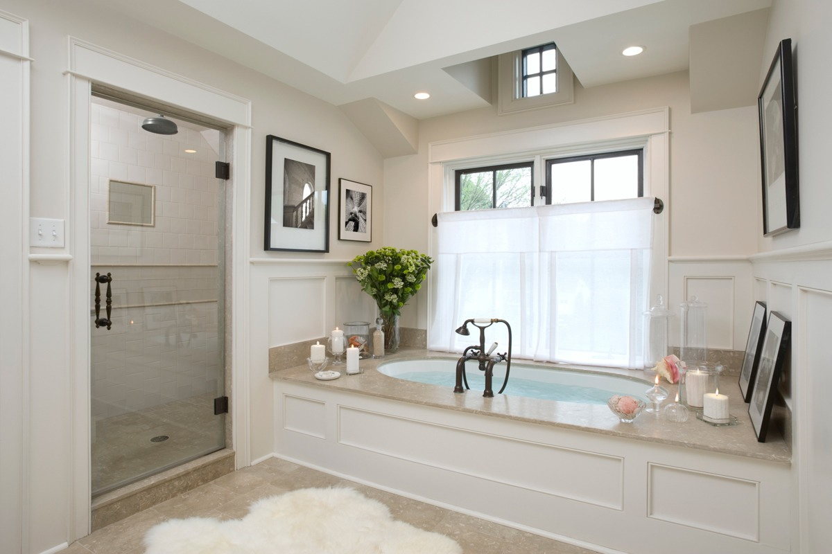Scrub into tubs, sinks, and toilets—let sit, then rinse. 1/2 cup baking soda per bottle (1 cup total) 1/2  cup Borax per bottle (1 cup total) 1/2 cup Castile soap per bottle (1 cup total) 15 drops essential oil per bottle (30 total) Splash or 2 of water per bottle (get it to the consistency you want