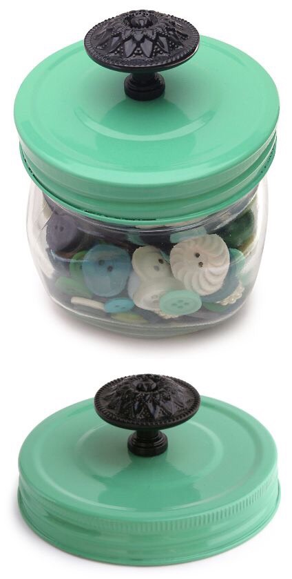 Easy and inexpensive way to dress up a mason jar!   1) drill a hole in the middle of lid 2) paint lid any color 3) add a fancy knob  That's all!!! This little detail can transform the look of a jar, and is super easy and inexpensive!!
