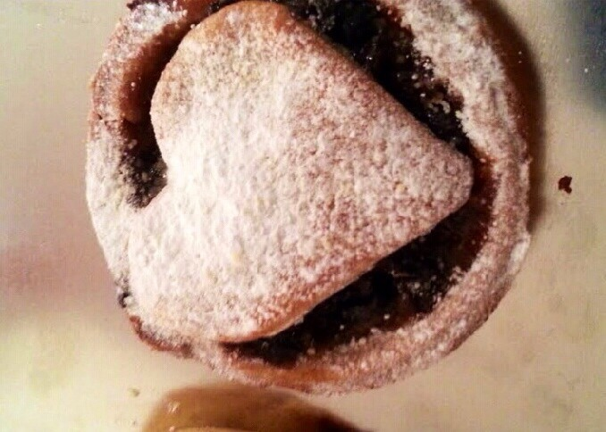 Homemade mince pies - Easy & simple to make