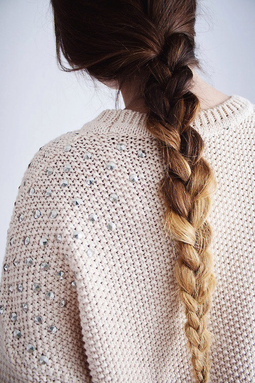 Put your hair in a braid before you go to sleep to prevent breakage. I also apply Argan oil to my hair when I braid it, in the morning it comes out nice and shiny✨✨✨✨