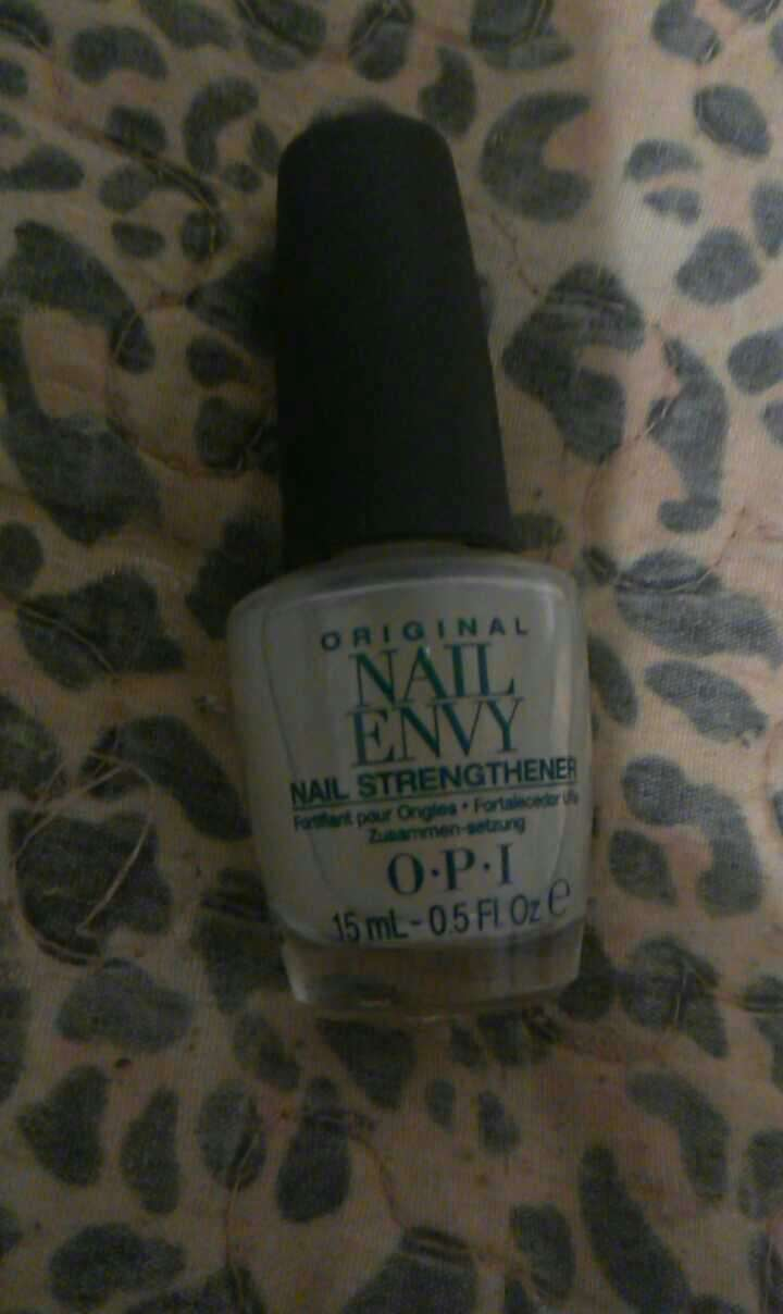 you will need to buy this they sale it in CVS or you can buy it on amazon on CVS its 20$ and amazon its 13$ but its worth it the first time you apply it clean your nails then put olive oil   on your nails for 10 min then apply 2 coats of nail envy let it dry and then put the strengthing cream